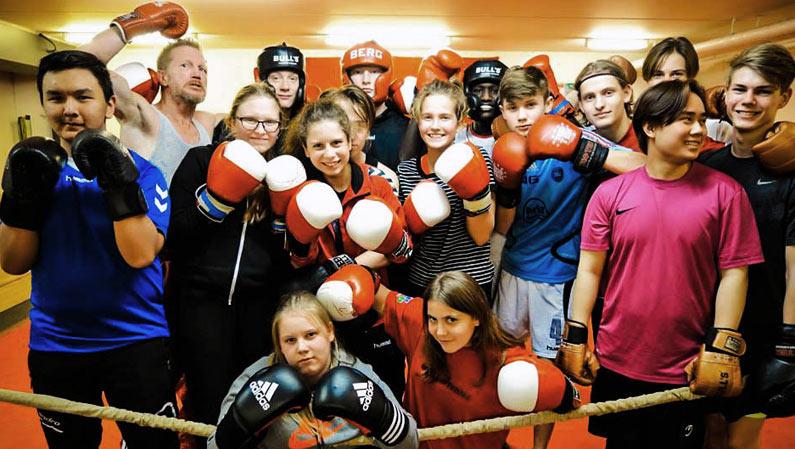 Sport efterskole i bokseklub.